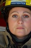 Pompiere femminile Fotografie Stock