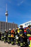 Pompieri in concorrenza, Berlino Immagine Stock