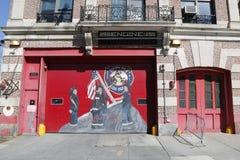 Pompieri di Engine Company 255 a Brooklyn Immagini Stock Libere da Diritti
