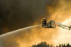 Pompieri nell'azione Fotografie Stock Libere da Diritti