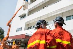 Pompieri o vigili del fuoco Fotografia Stock Libera da Diritti