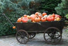 Pompoenen op een wagen Stock Fotografie