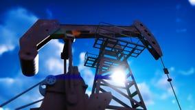 Pompowej dźwigarki przemysłowa maszyna dla rop naftowych Sylwetka pompowa dźwigarka pompuje olej przeciw niebieskiemu niebu zdjęcie wideo