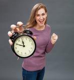 Pomyślna dziewczyna dla naciska na energii w czasu zarządzaniu Fotografia Stock