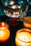 Pomyślność Mówi stół z świeczką i kryształową kulą obraz royalty free