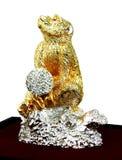 Pomyślności mienia Małpia kryształowa kula Fotografia Stock