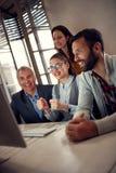 Pomyślny biznesów pracowników rozweselać Obraz Stock