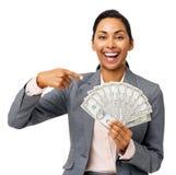 Pomyślny bizneswomanu Pokazywać Wachluję Out Pięćdziesiąt Dolarowych notatek Zdjęcia Royalty Free
