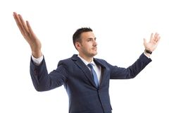 Pomyślny zwycięzcy biznesmen lub bankowiec otwarte ręki szerokie zdjęcie royalty free