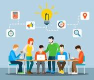 Pomysł brainstorming kreatywnie drużynowego płaskiego wektorowego infographics Zdjęcie Stock