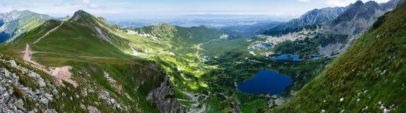 Ponarama da montanha de Tatra do verão, Polônia. fotografia de stock