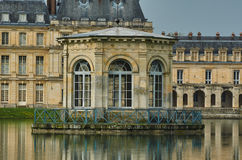 Pond and the palace of Fontainebleau Royalty Free Stock Image