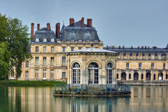 Pond and the palace of Fontainebleau Royalty Free Stock Photo