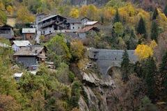 Pondel,奥斯塔,意大利高山山村的看法  免版税库存照片