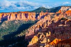 Ponderosa Bryce Canyon Hoodoos en la puesta del sol Imagen de archivo