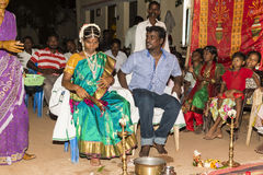 Pondicherry, Tamil Nadu, Inde - 11 mai 2014 : cérémonie de puja Photographie stock