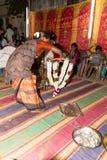 Pondicherry, Tamil Nadu, India - 11 maggio 2014: cerimonia di puja Fotografie Stock Libere da Diritti