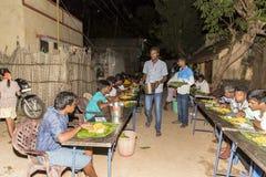 Pondicherry, Tamil Nadu, India - Mei 11, 2014: pujaceremonie stock foto's