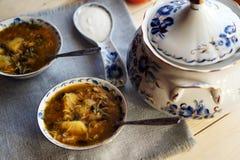 _ poner crema sopa con seta Fotografía de archivo libre de regalías