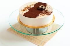 _poner crema torta aislar Imágenes de archivo libres de regalías