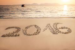 Poner letras a 2016 en la arena, Tailandia Fotografía de archivo