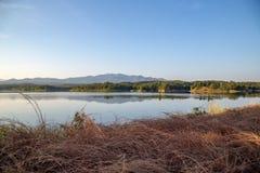 Pong Chor Reservoir en Mae Wang National Park imagen de archivo