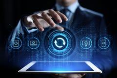 Ponga al día la aplicación de software y el concepto de la tecnología de la mejora del hardware foto de archivo libre de regalías