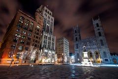 Ponga los d'Armes de Montreal en la noche Imagen de archivo libre de regalías