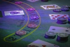 Ponga para jugar la veintiuna en el casino fotografía de archivo libre de regalías