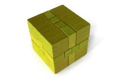 Ponga verde el rompecabezas de madera Fotos de archivo