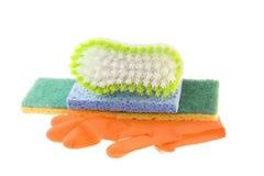 Éponges de gants et balai de nettoyage Photos libres de droits