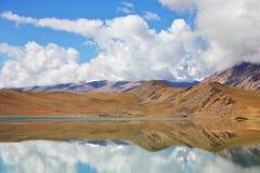 Pongong Tso湖、Ladakh、查谟&克什米尔 免版税图库摄影