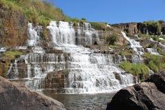 Pongour vattenfall, Vietnam Royaltyfri Fotografi