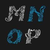 Poniendo letras a la diseño-mano determinada dibujada Foto de archivo