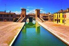 Pont à trois voies de Comacchio, de Tre Ponti ou de Trepponti Ferrare, IEM photos stock