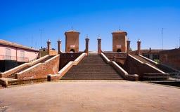 Pont à trois voies de Comacchio, de Tre Ponti ou de Trepponti Ferrare, IEM photo stock