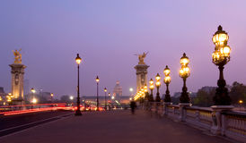 Pont Alexandre III au crépuscule Photo stock
