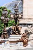 Pont Alexandre III brugdetails en Grote Palais Parijs, Frankrijk royalty-vrije stock afbeeldingen