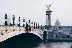 Pont Alexandre III, Parigi Francia 2017 fotografia stock libera da diritti