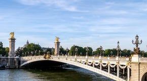 Pont Alexandre III sulla Senna - Parigi Francia immagini stock