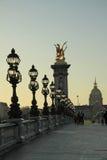 Pont Alexandre lll op zonsondergang, Parijs, Frankrijk Stock Fotografie