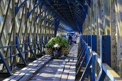 Pont antique de Cirahong l'héritage colonial néerlandais photographie stock libre de droits