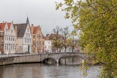 Pont au-dessus de canal Image stock