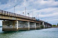 Pont au-dessus de Hampton Harbor Inlet en Hampton Beach, New Hampshire Photographie stock