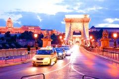 Pont au-dessus de la rivière à Budapest en Hongrie image stock