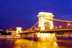 Pont au-dessus de la rivière à Budapest en Hongrie photos stock
