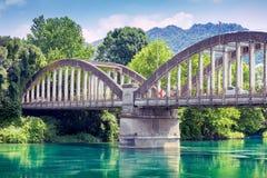 Pont au-dessus de la rivière Adda chez Brivio Photos stock