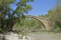 Pont au-dessus de la rivière Vero Siècles de XIII-XIV Photos libres de droits