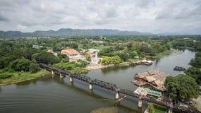 Pont au-dessus de rivière de Kwai, Kanchanaburi, Thaïlande Photo stock