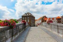 Pont au-dessus de rivière Roer dans Roermond, Pays-Bas image stock